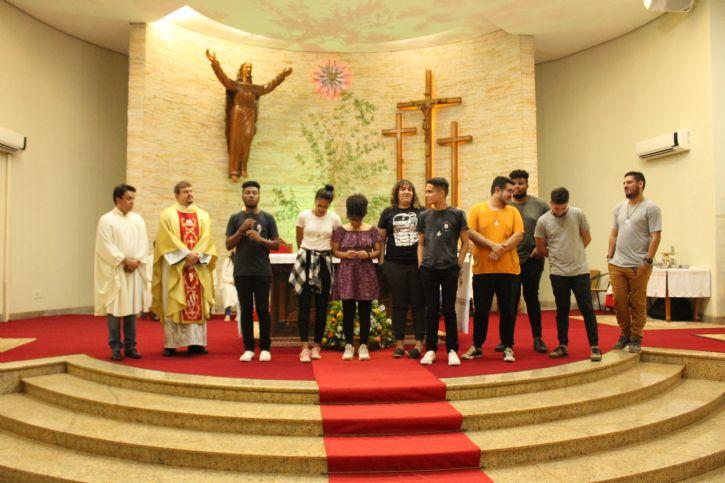 Banda Católica Colo de Deus, com Padre Junior e Marquinhos coordenador da RCC.